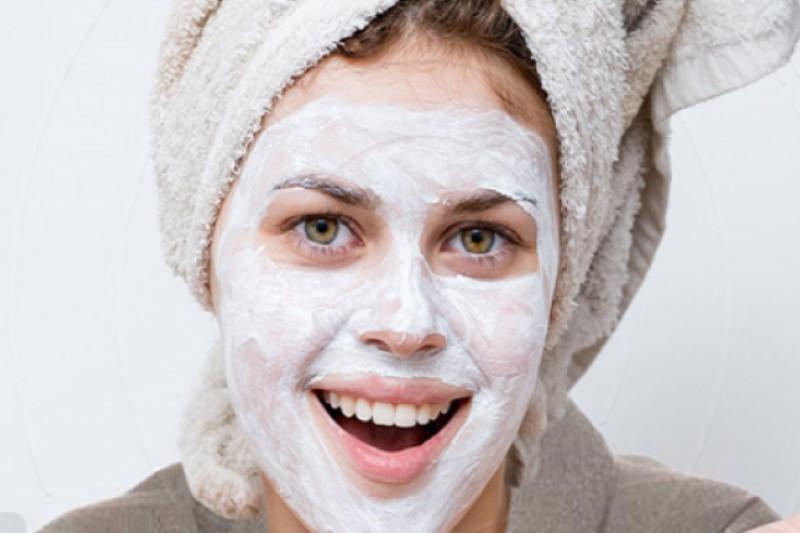 بیخطرترین  روش برای روشن کردن پوست