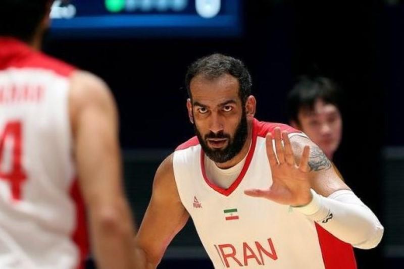حدادی: اولین مدال بسکتبال جوانان که در سال ۲۰۰۲ را به موزه ورزش ایران تقدیم کردم