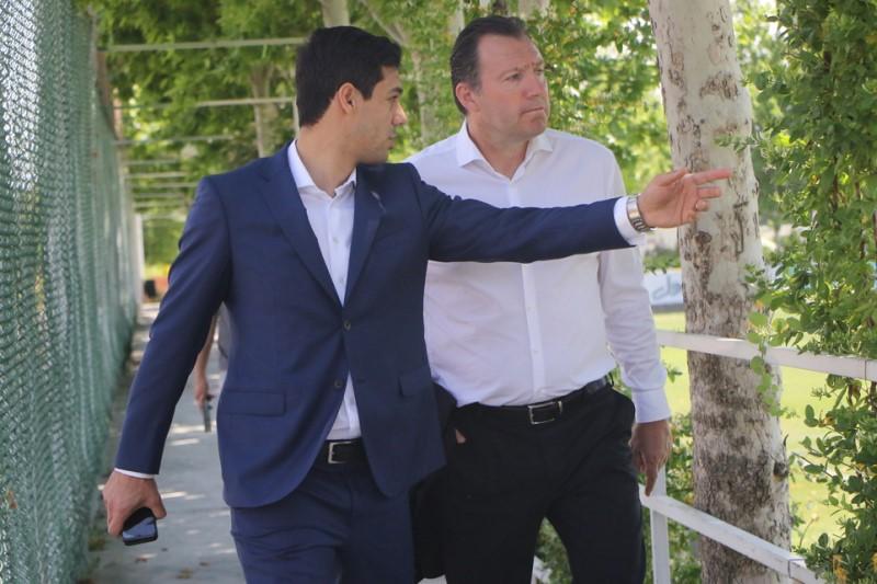 شکوری: رئیس فدراسیون فوتبال  اخبار بیشتری از جزئیات قرارداد با مارک ویلموتس را در اختیار رسانهها قرار خواهد داد