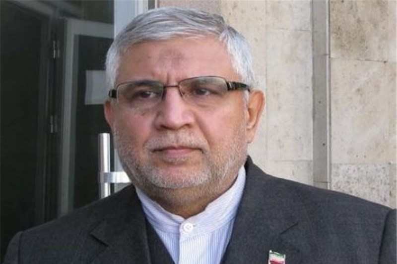 حضور هر ساله بیش از ۳ میلیون آذری در ایران باعث  رونق گردشگری شده است
