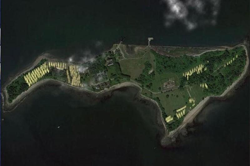 جزیره ای مخوف+تصاویر