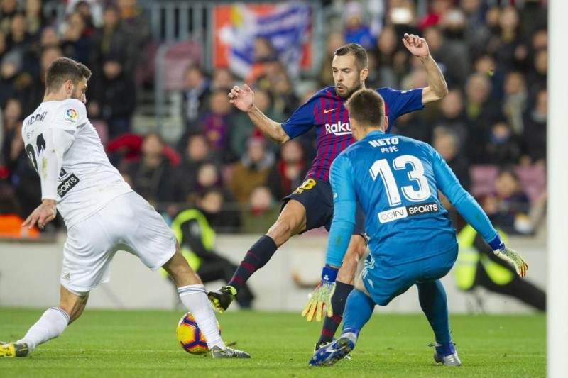 بارسلونا ۱ - ۲ والنسیا