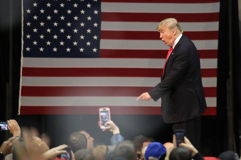 فعالیتهای انتخاباتی ترامپ از ۲۸ آغاز میشود