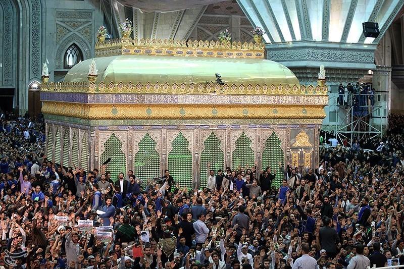 آغاز مراسم  سالگرد ارتحال امام خمینی(ره) امروز از ساعت ۱۷:۳۰ در حرم امام راحل