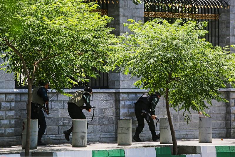 ماجرای خشاب گزاری ۵ کارمند مجلس در مواجهه با داعش