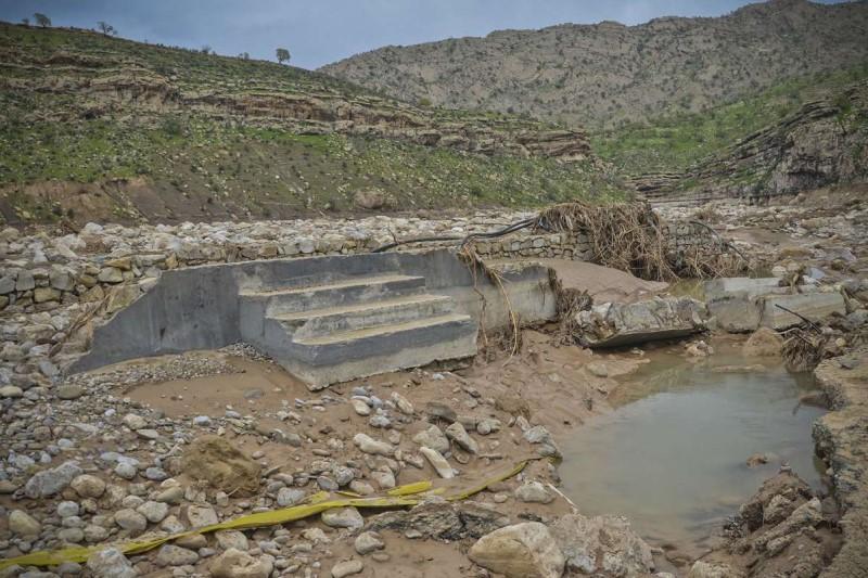 بازسازی روستای کاملا تخریب شده «چم حسین» توسط گروههای جهادی
