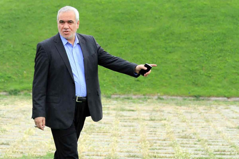 فتحاللهزاده: من با وزیر درگیر میشوم و باج به مدیرعامل نمیدهم