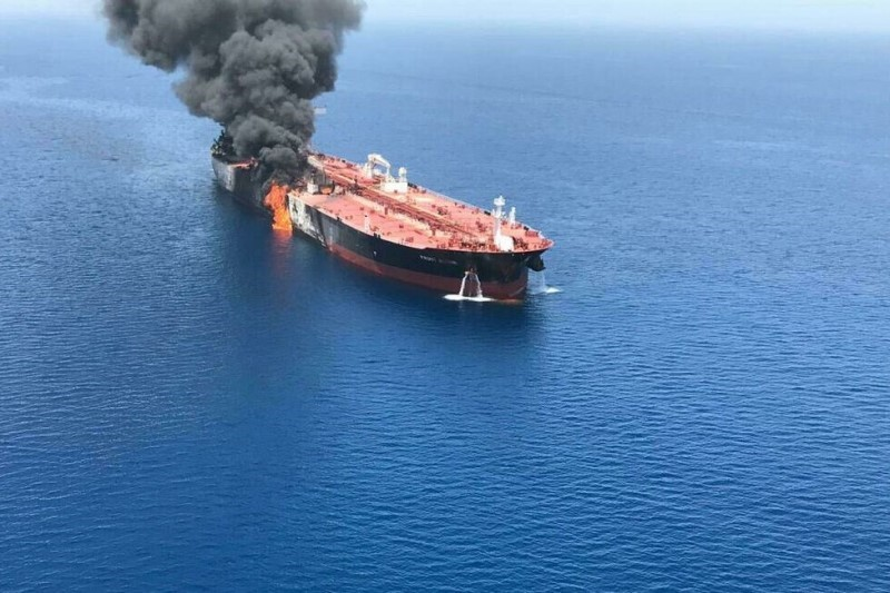 تنشهای منطقه خلیج فارس به سود چه کسانی است؟