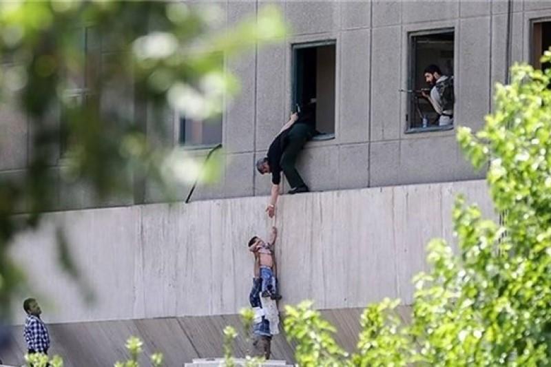 سرانجام کودک معروف حادثه تروریستی مجلس چه شد؟+تصاویر
