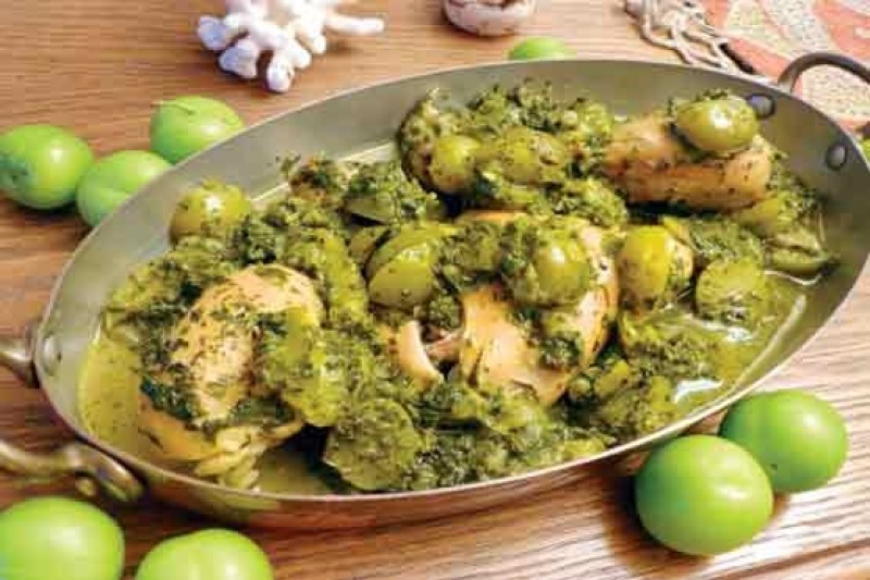 خورش گوجه سبز با قارچ +دستور تهیه
