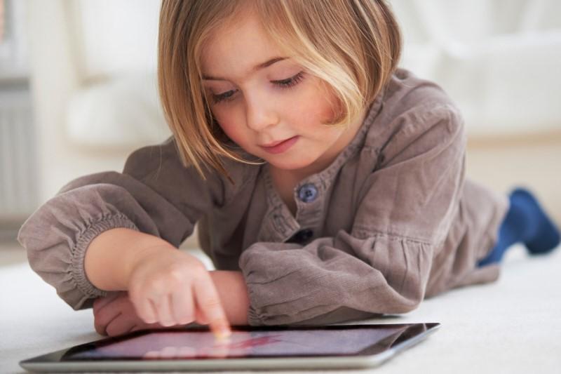 راهکارهایی برای درمان فرزندان در صورت تماشای محتوای غیراخلاقی