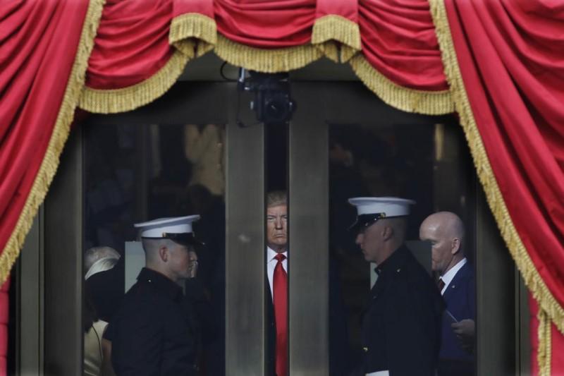نیویورک تایمز: گوریل گستاخ در کاخ سفید