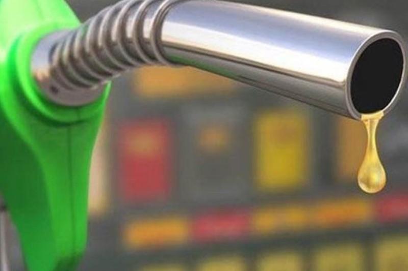 صورتحسابی که بابت بنزین ارزان به مردم تحمیل میشود!