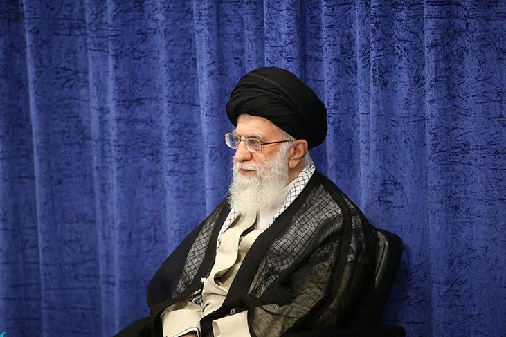 ایرانی زندگی کنیم، ایرانی فکر کنیم