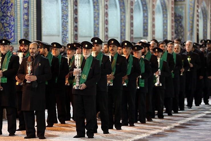 آیین سنتی خطبهخوانی در صحن انقلاب اسلامی حرم رضوی برگزار شد