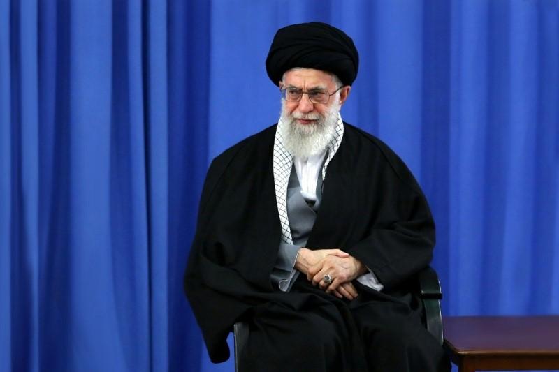 توییت سایت رهبر انقلاب از بیانات امروز درباره بُرد و قدرت موشکی ایران