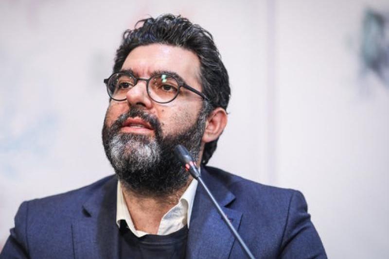 انتقاد از ممنوعیت خوانندگی و تشویق به خروج از ایران به روایت مصطفی کیایی و با دوربین ضدایرانی!