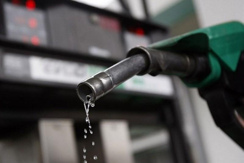 اینفوگرافیک| ۱۲ راهکار برای صرفهجویی در مصرف بنزین