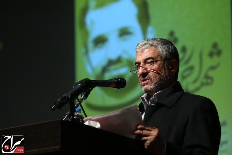 شهید احمدی روشن نمونه بارز جوان مومن انقلابی/ عقب ماندگی اقتصاد کشور حاصل حاکم بودن تفکر لیبرالی بر این بخش است