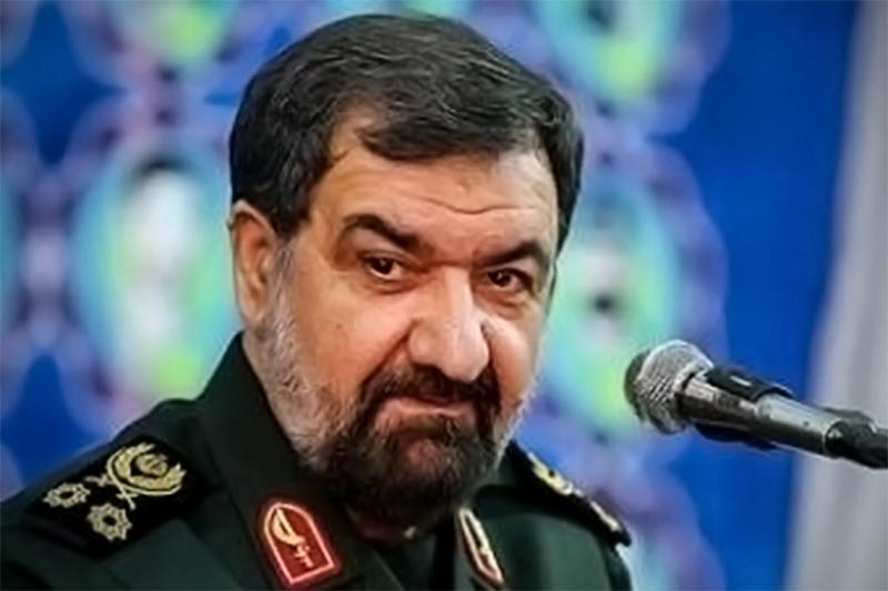 محسن رضایی: اگر آمریکا حمله کند، حیفا را با خاک یکسان میکنیم