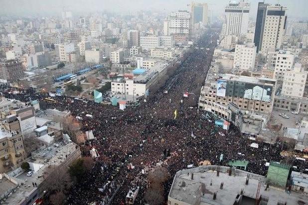 سلیمانی مردم ایران را متحد کرد
