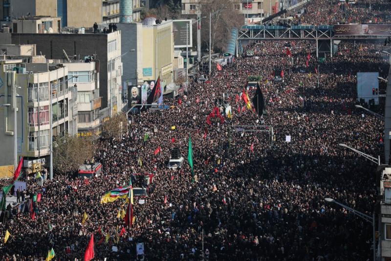 تهران«ملک سلیمانی» شد/رفراندوم میلیونی در پایتخت؛فقط «انتقام سخت»