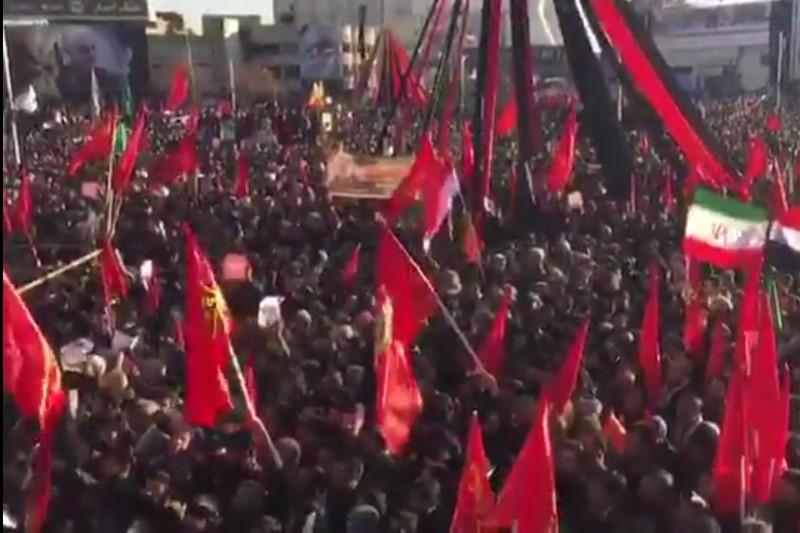 استقبال از سردار با پرچمهای سرخ