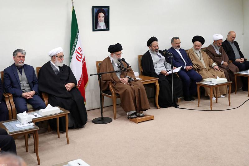 ایستادگی ملت ایران آمریکا را عصبانی کرده و برای دنیا جذاب است