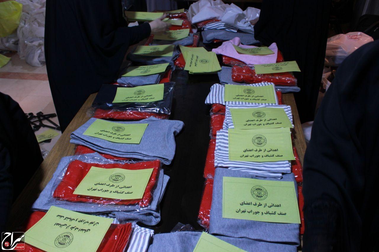 ارسال کمکهای مردمی صنف کشباف جوراب برای سیل زدگان سیستان و بلوچستان