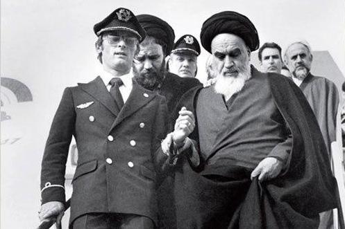 عکس نوشت  عکس های تاریخی از 12 بهمن 57