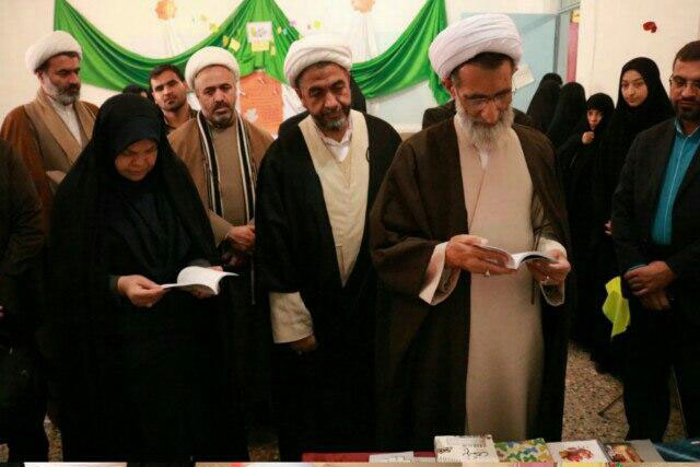 قدردانی و تشکر نماینده ولی فقیه استان از برگزار کنندگان نمایشگاه های مدرسه انقلاب  