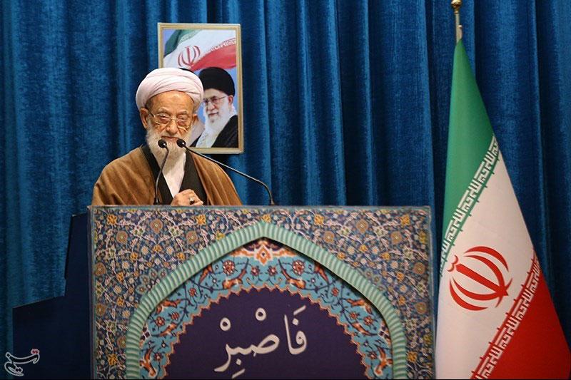 انقلاب اسلامی نگذاشت گردنکشان دنیا به هدفشان برسند