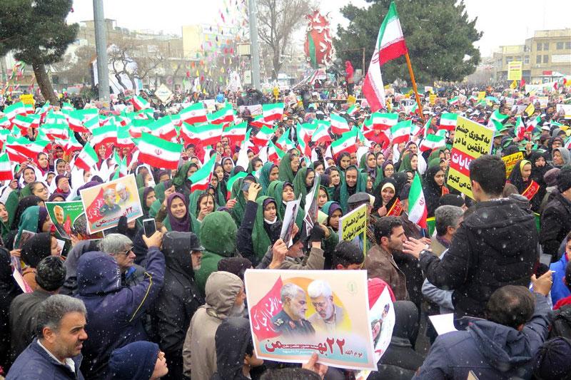 حماسه عزت و اقتدار ایرانیان در جشن چهل و یک سالگی انقلاب