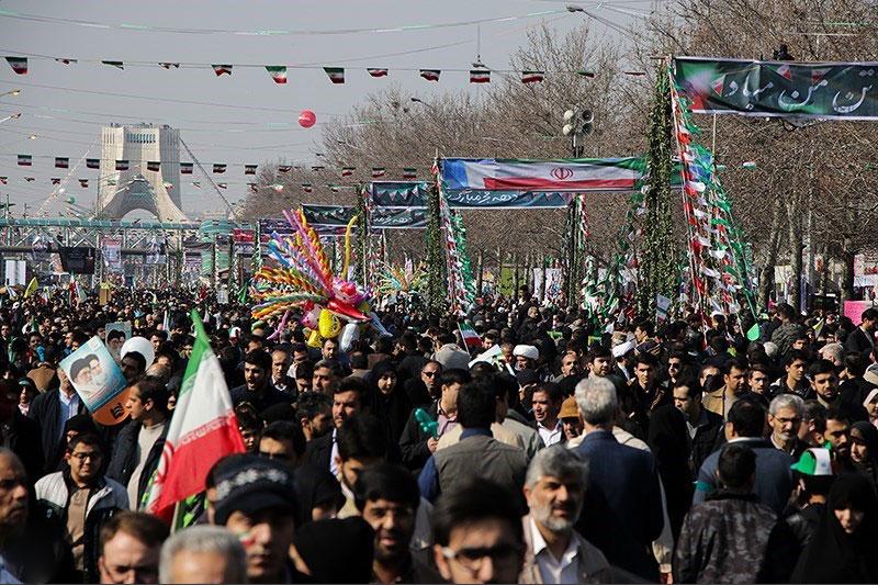 قطعنامه پایانی راهپیمایی ۲۲ بهمن| تاکید بر لزوم هوشیاری در برابر نفوذ در ارکان تصمیمسازی کشور