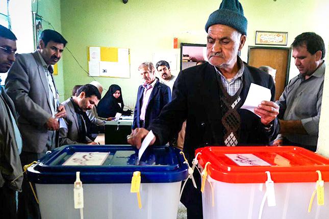 عکس نوشت| انتخابات روز نو برای مردم