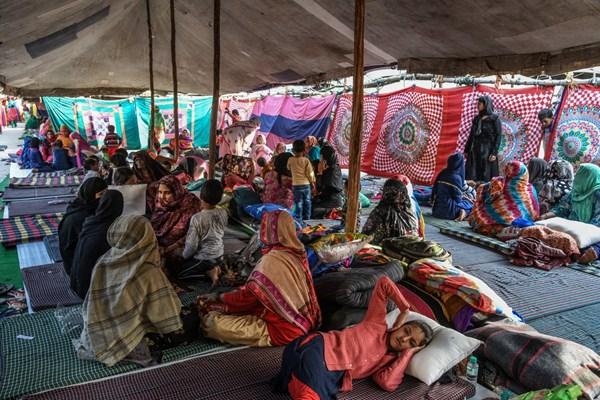 رفتار پلیس هند با مسلمانان: شما را بکشیم هم اتفاقی نمیافتد