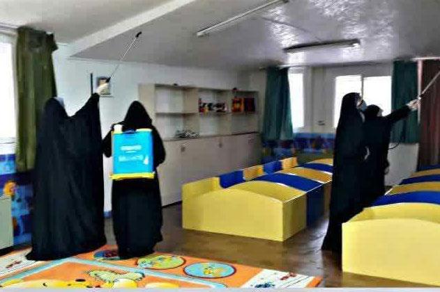 عکس| ضدعفونی محل نگهداری نوزادان و نونهالانِ بی سرپرست نرجس اصفهان