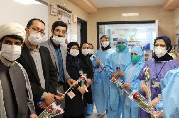 عکس| تقدیر از کادر درمانی بیمارستان های خورشید و عیسی بن مریم اصفهان