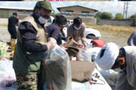 عکس| ارسال پک بهداشتی به مناطق سیل زده شهرستان رودبار