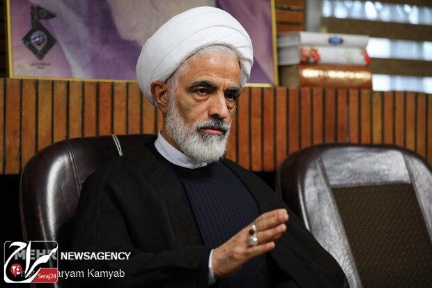 عضو مجمع تشخیص مصلحت نظام:عدم برگزاری راهپیمایی روز قدس را با ارتباطات دیپلماتیک جبران کنیم