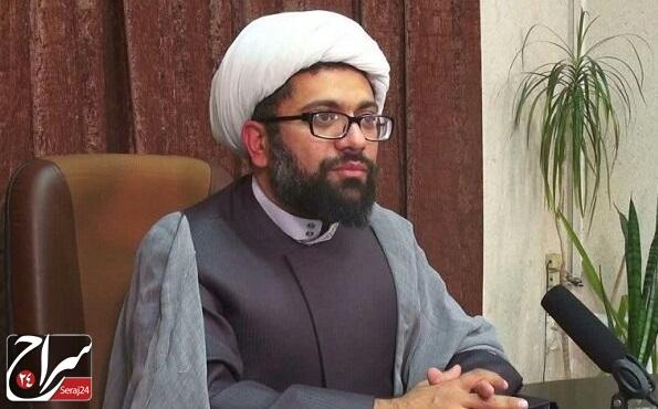 مکتب امام ما را از نسخههای غربی عبور داد
