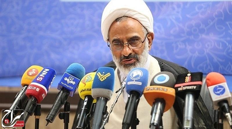 دشمن توان شکست نیروهای مسلح ایران را ندارد/ سپاه با قدرت در حال مبارزه با کروناست