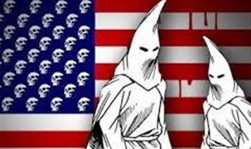 صدها هزار نفر خواستار اعلام نژادپرستان سفیدپوست آمریکایی به عنوان گروه تروریستی شدند