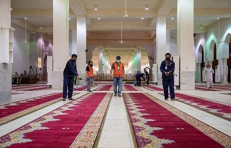مسجد نُمره برای  حضور زائران حج تمتع  متناسب با شرایط کرونا آماده میشود.
