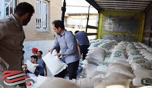 توزیع ۱۰ هزار بسته معیشتی بین نیازمندان+عکس