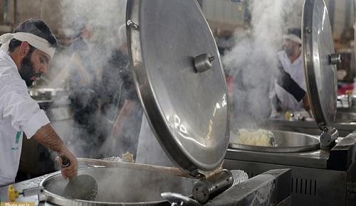 طبخ و توزیع غذای گرم در 72 آشپزخانه از ابتدای ماه محرم