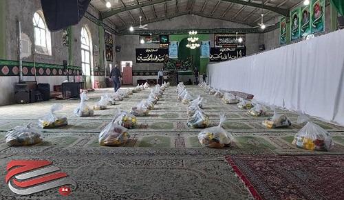 توزیع بستههای معیشتی توسط مسجد 14 معصوم جنتآباد رفسنجان