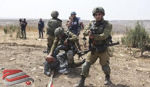 حمله وحشیانه صهیونیستها به یک پیرمرد فلسطینی جنجال برانگیز شد