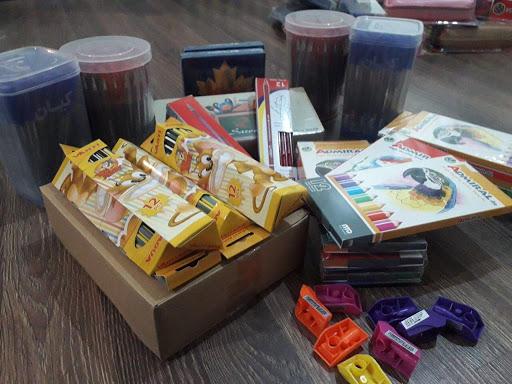 توزیع 10 هزار بسته لوازم التحریر در پویش همکلاسی مهربان