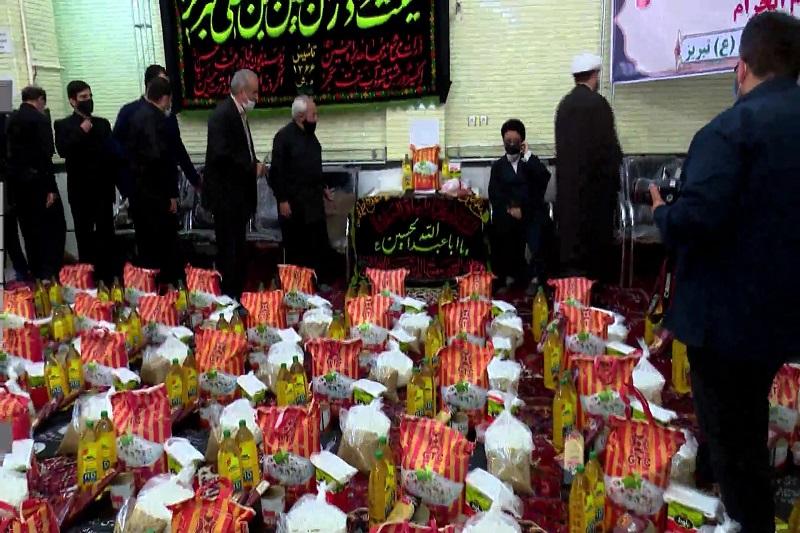 توزیع بستههای معیشتی میان نیازمندان در تبریز